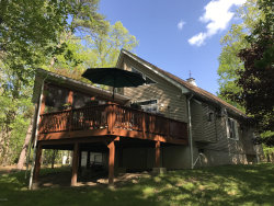 Photo of 125 Southwynd Dr, Milford, PA 18337 (MLS # 18-2283)
