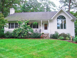 Photo of 121 William Penn Dr, Milford, PA 18337 (MLS # 18-4537)