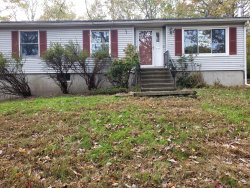 Photo of 207 Seneca Dr, Milford, PA 18337 (MLS # 18-4814)