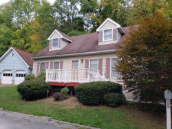 Photo of 8 Settlers Aly, Hawley, PA 18428 (MLS # 20-3852)