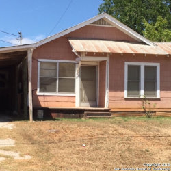 Photo of 216 W Hugo St, Dilley, TX 78017 (MLS # 1203906)