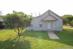 Photo of 121 N WINDY KNOLL DR, Devine, TX 78016 (MLS # 1230182)