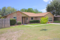 Photo of 1202 Taylor St, Beeville, TX 78102 (MLS # 1249542)