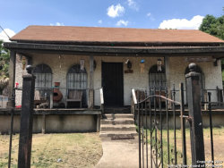 Photo of 707 Sandmeyer St, San Antonio, TX 78208 (MLS # 1261397)