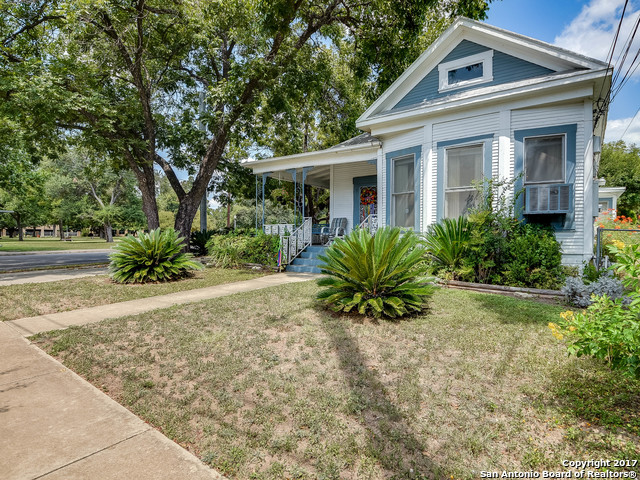Photo for 217 W JOHNSON, San Antonio, TX 78204 (MLS # 1268383)