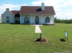 Photo of 856 COUNTY ROAD 367, Hondo, TX 78861 (MLS # 1269111)