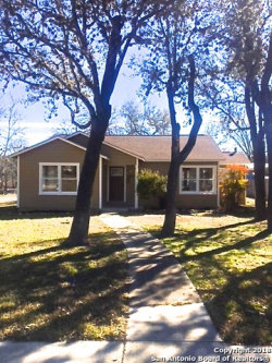 Photo of 857 Tivy St, Kerrville, TX 78028 (MLS # 1287726)