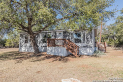 Photo of 1154 MOUNTAIN VIEW PL, Pipe Creek, TX 78063 (MLS # 1291545)
