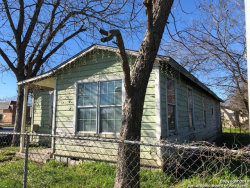 Photo of 1316 N GUADALUPE ST, Seguin, TX 78155 (MLS # 1356930)