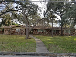 Photo of 208 ATWATER DR, Castle Hills, TX 78213 (MLS # 1362977)