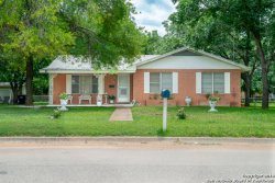 Photo of 316 S Puente St, Pearsall, TX 78061 (MLS # 1385538)