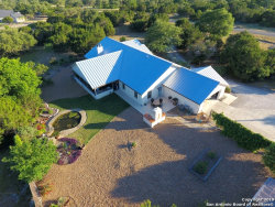 Photo of 303 RIVER MOUNTAIN DR, Boerne, TX 78006 (MLS # 1385561)