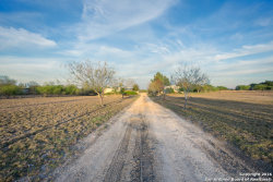 Photo of 1457 Koehler Rd, Marion, TX 78124 (MLS # 1412814)