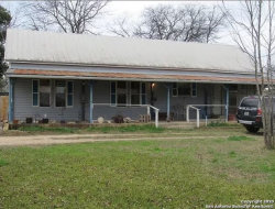 Photo of 2002 18TH ST, Hondo, TX 78861 (MLS # 1444354)