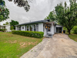 Photo of 2938 W FRENCH PL, San Antonio, TX 78228 (MLS # 1465847)