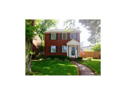 Photo of 1570 BOURNEMOUTH RD, Grosse Pointe Woods, MI 48236 (MLS # 21309132)