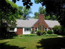 Photo of 27411 LATHRUP BLVD, Lathrup Village, MI 48076 (MLS # 21310879)
