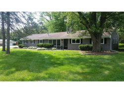 Photo of 26 WIMPOLE DR, Rochester Hills, MI 48309 (MLS # 21312411)
