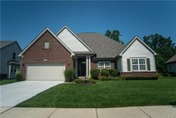 Photo of 2122 LAGOON DR, Rochester Hills, MI 48309 (MLS # 21356231)
