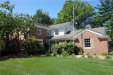 Photo of 4454 BARCHESTER DR, Bloomfield Hills, MI 48302 (MLS # 21356437)