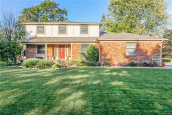 Photo of 480 ABBEY WOOD DR, Rochester, MI 48306 (MLS # 21375595)