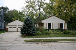 Photo of 330 TERRY AVE, Rochester, MI 48307 (MLS # 21375991)