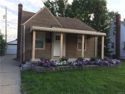 Photo of 354 E CHESTERFIELD ST, Ferndale, MI 48220 (MLS # 21392611)