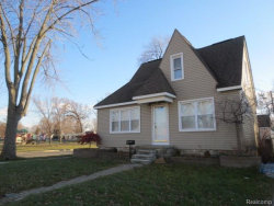 Photo of 605 W DALLAS AVE, Madison Heights, MI 48071 (MLS # 21395955)