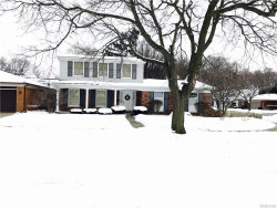 Photo of 23425 S COLONIAL CRT, Saint Clair Shores, MI 48080 (MLS # 21412928)