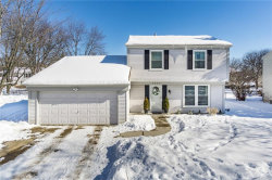 Photo of 5826 FAIRCASTLE DR, Troy, MI 48098 (MLS # 21414106)