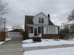 Photo of 804 E LINCOLN AVE, Madison Heights, MI 48071 (MLS # 21414809)