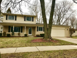 Photo of 1689 WELLING DR, Troy, MI 48085 (MLS # 21416348)