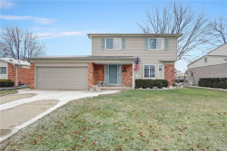 Photo of 34086 INVERARRY CRT, Sterling Heights, MI 48312-4616 (MLS # 21555940)