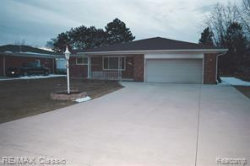 Photo of 37051 ALMONT DR E, Sterling Heights, MI 48310-4017 (MLS # 21581132)