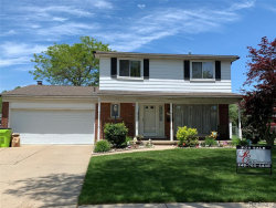 Photo of 11101 HANNA DR, Sterling Heights, MI 48312-4959 (MLS # 21607313)