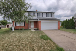 Photo of 5069 CHIPPEWA CRT, Sterling Heights, MI 48310-2764 (MLS # 21632104)