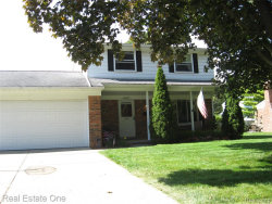 Photo of 45827 KEDING ST, Utica, MI 48317-6021 (MLS # 21654180)