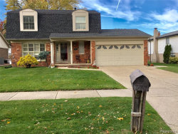 Photo of 12125 VOLPE DR, Sterling Heights, MI 48312-5325 (MLS # 30782865)