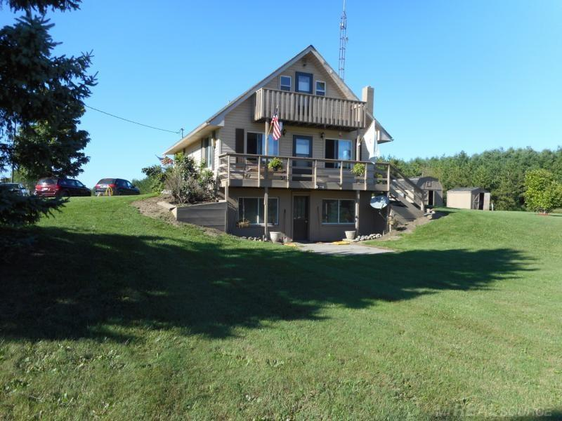 Photo for 7945 Croswell, Croswell, MI 48422 (MLS # 31357446)