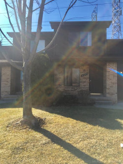 Photo of 37245 CLUBHOUSE DR, Unit 152, Sterling Heights, MI 48312-2241 (MLS # 31373008)