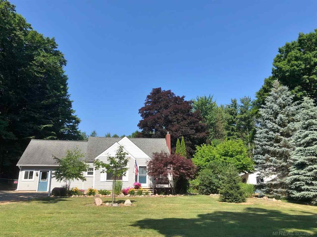 Photo for 278 S Custer St., Sandusky, MI 48471 (MLS # 50016706)