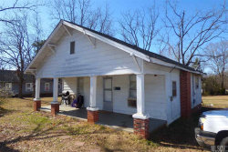 Photo of 208 14TH ST SE, Hickory, NC 28602 (MLS # 9597487)