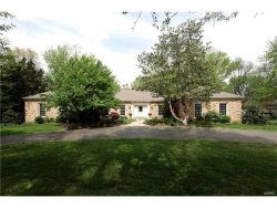 Photo of 535 Tregaron Place, Frontenac, MO 63131-3427 (MLS # 17031773)