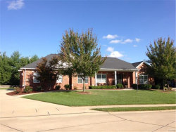 Photo of 4908 Autumn Oaks Dr., Maryville, IL 62062-8504 (MLS # 17043840)
