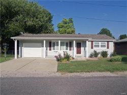 Photo of 327 North Kimberlin Street, Troy, IL 62294-1151 (MLS # 17060634)