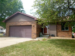Photo of 825 Sequoia, Bethalto, IL 62010-1183 (MLS # 17064566)
