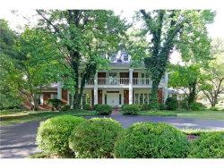 Photo of 10601 Spoede Oaks Lane, Frontenac, MO 63131 (MLS # 17068270)