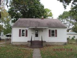 Photo of 827 Longfellow Avenue, Wood River, IL 62095-2327 (MLS # 17085024)