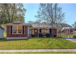 Photo of 11924 Mckelvey Gardens Drive, Maryland Heights, MO 63043 (MLS # 17088463)