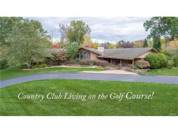 Photo of 62 Meadowbrook Country Club Est, Ballwin, MO 63011-1699 (MLS # 17089264)